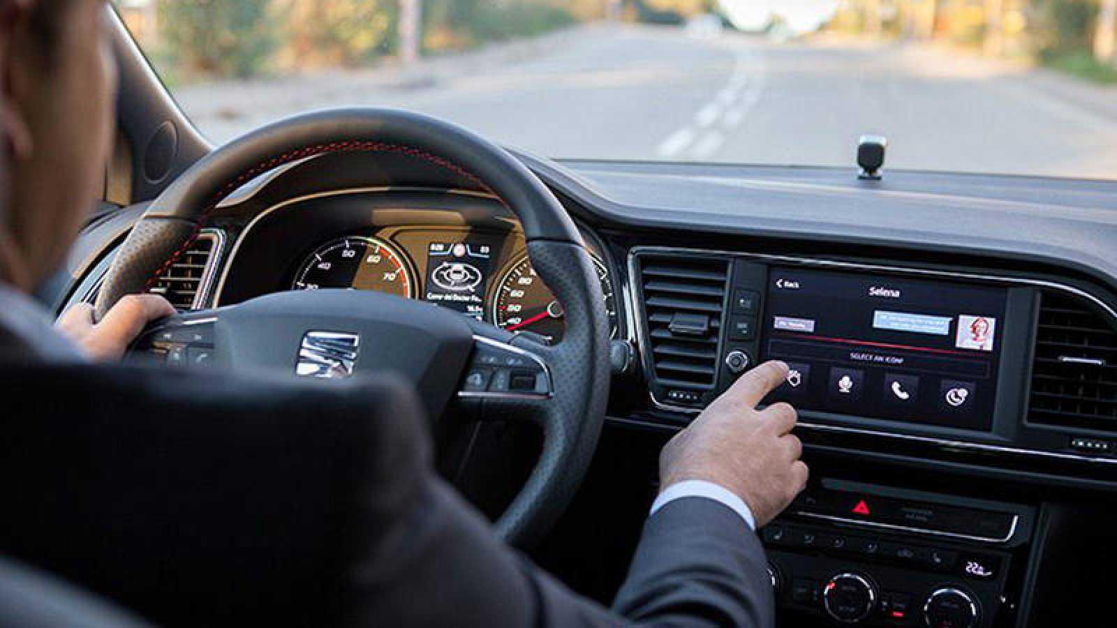 Compañías como Seat han presentado en el MWC su propuesta de automóvil conectado.