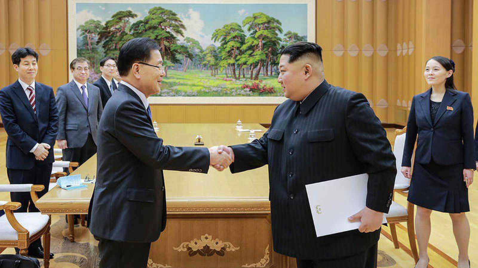 """Las dos Coreas llegan a un acuerdo """"satisfactorio"""" para celebrar una cumbre"""