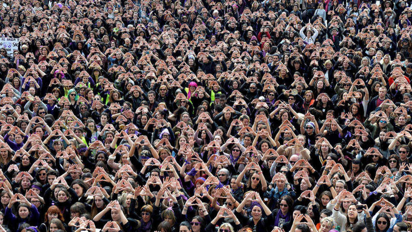 Manifestación en Bilbao durante la huelga feminista por el Día Internacional de la Mujer