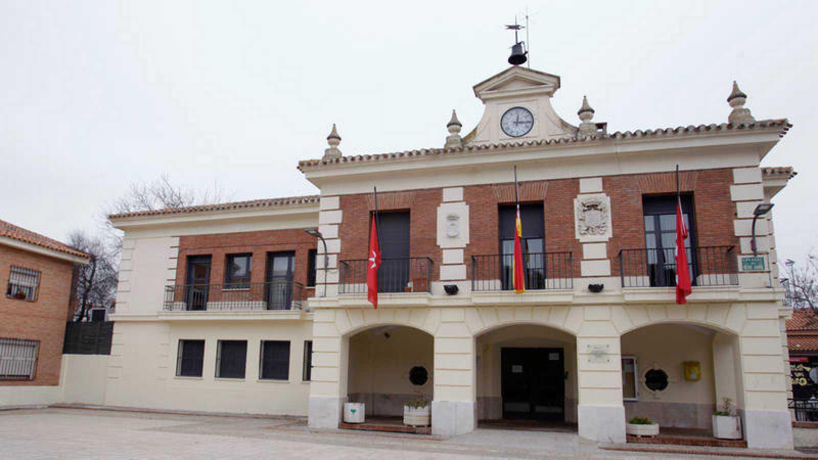 Fachada del Ayuntamiento de Rivas, en una imagen de enero de 2017