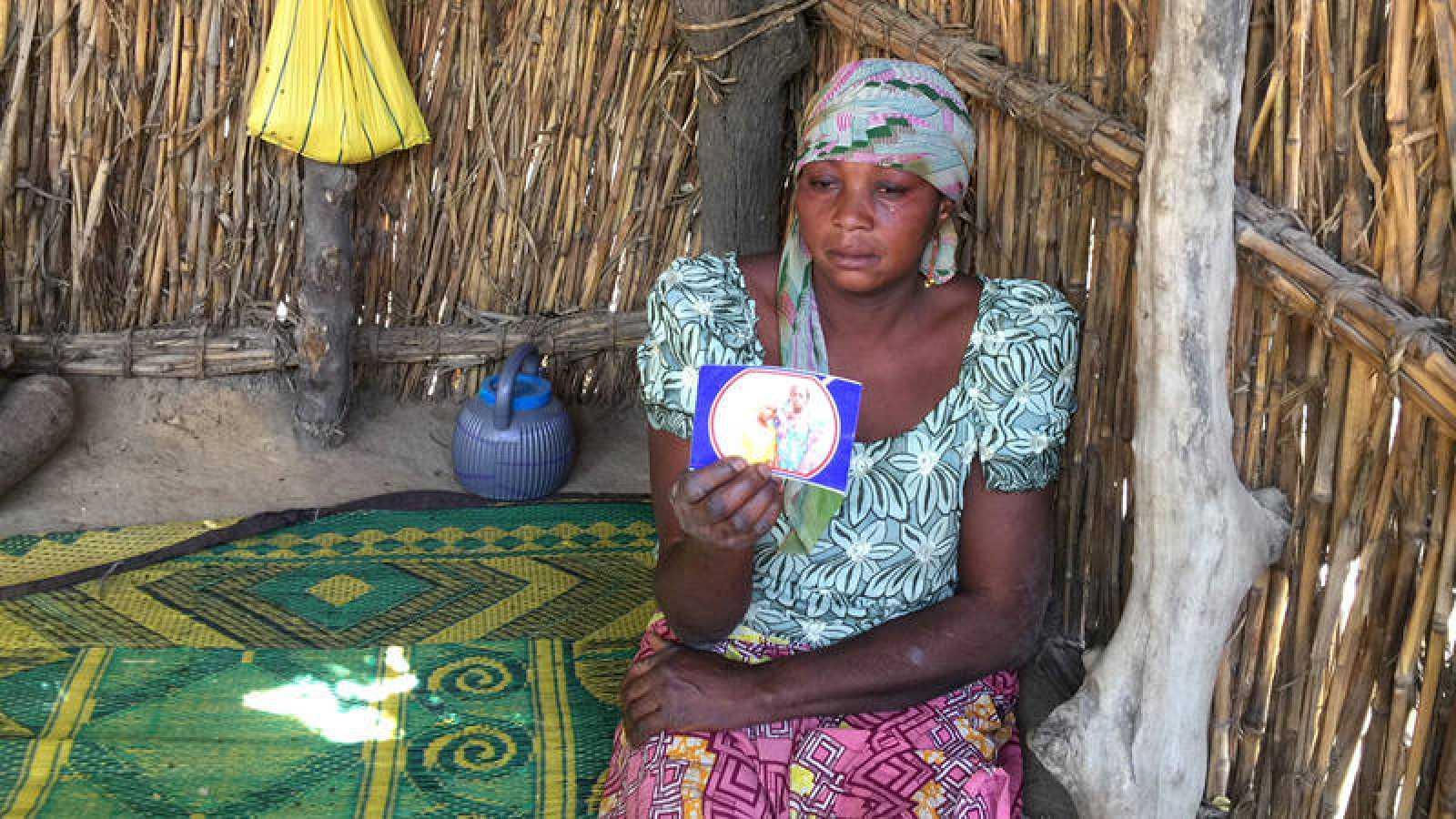 La madre de una de las niñas secuestradas en Dapchi, en el noreste de Nigeria