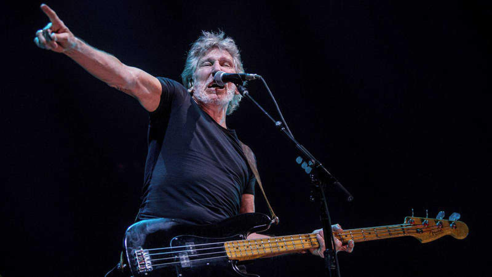 Roger waters inicia en barcelona su gira europea que for Pink floyd gira 2017