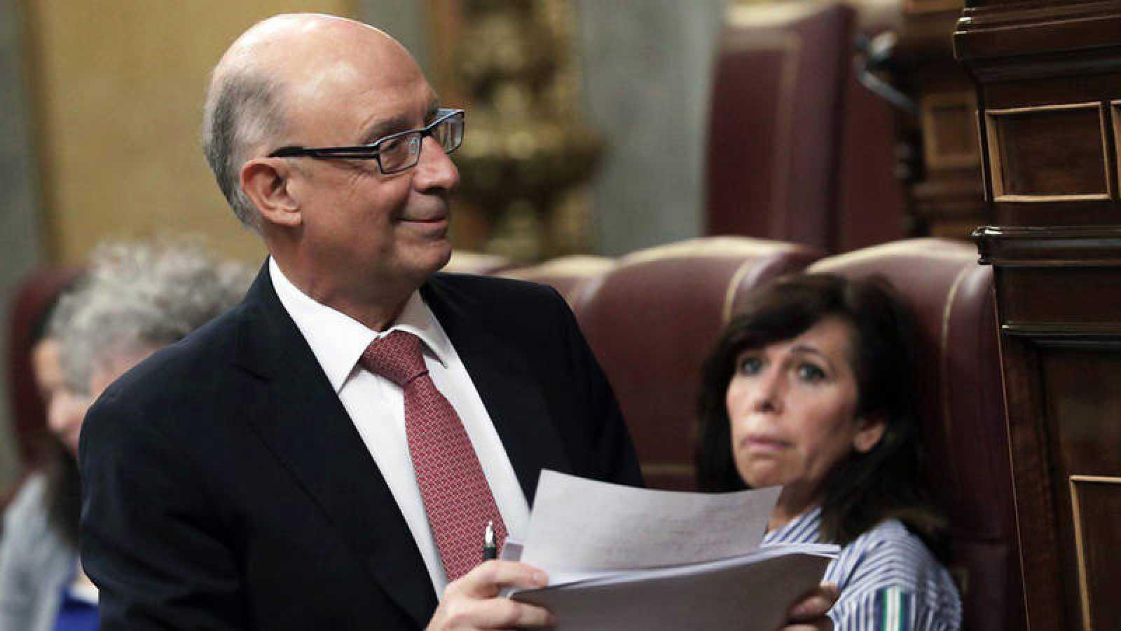 El ministro de Hacienda Cristóbal Montoro, en una intervención en el pleno del Congreso de los Diputados durante el debate de Presupuestos