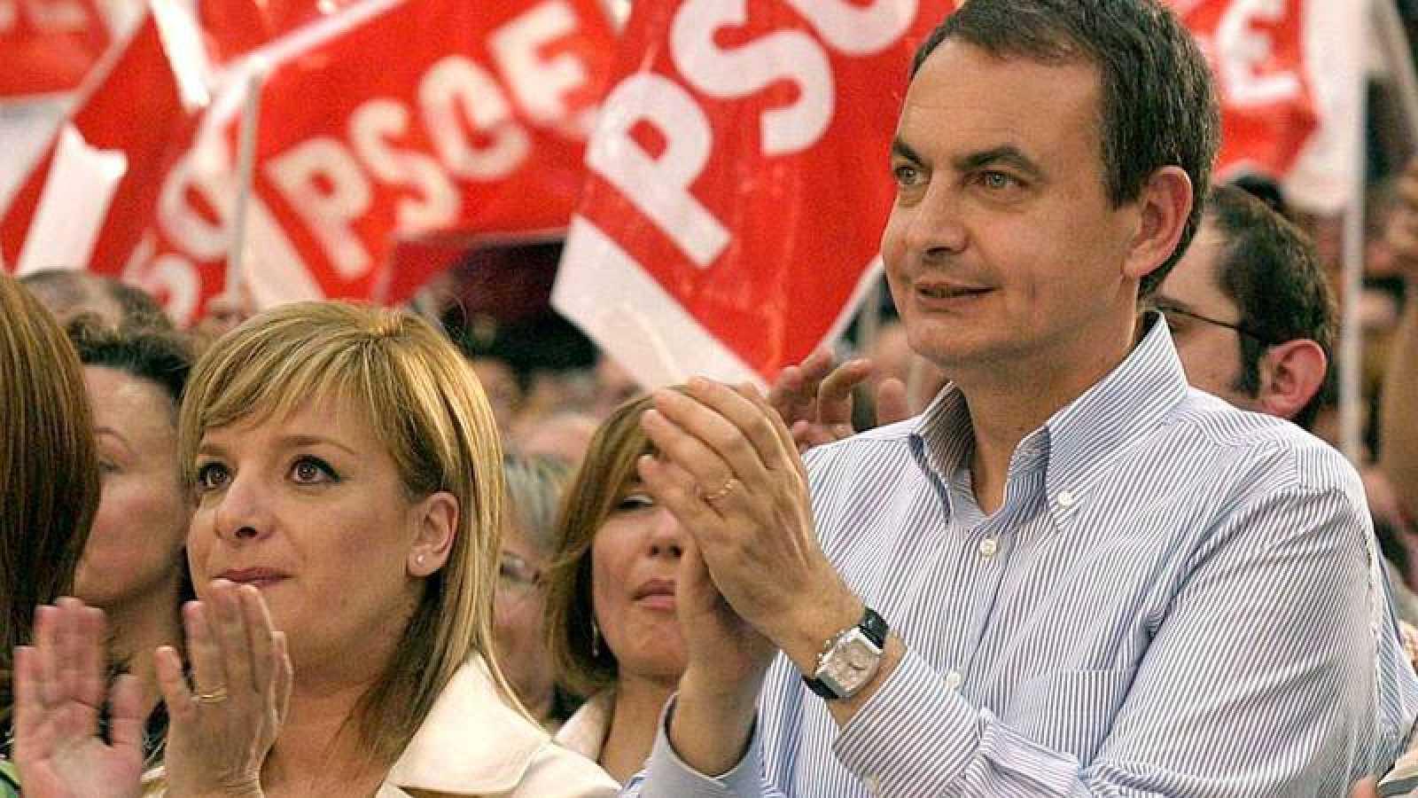 Zapatero, junto a Etelvina Andreu, una de las investigadas.