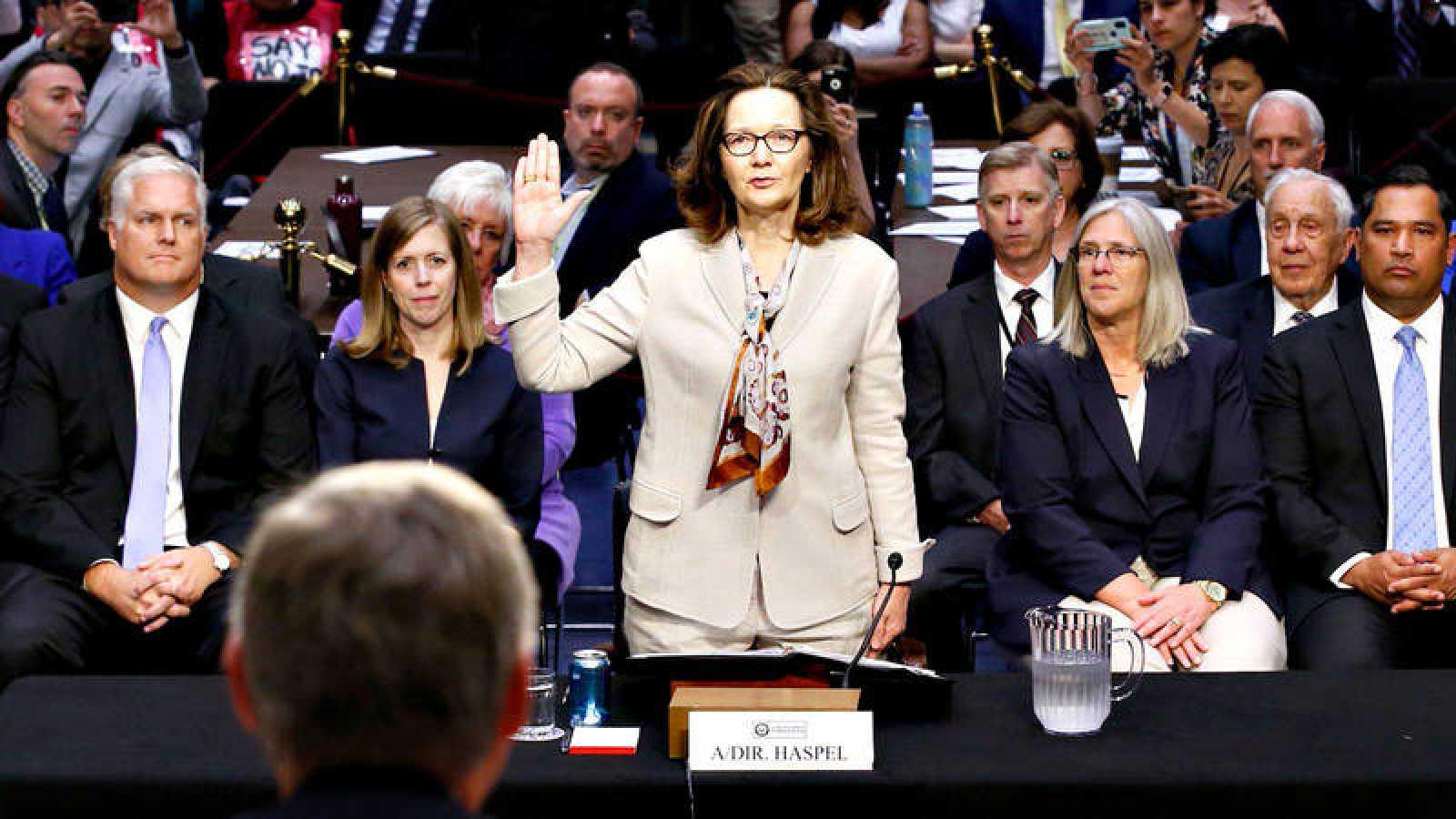 Trump CIA - La candidata de Trump para dirigir la CIA se compromete ...