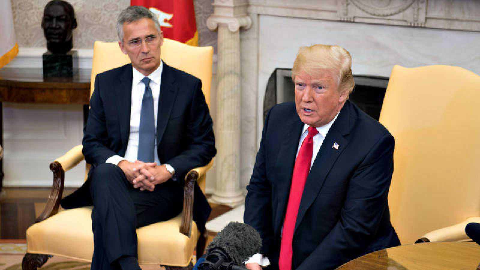 El presidente de Estados Unidos, Donald Trump, recibe al secretario general de la OTAN, Jens Stoltenberg