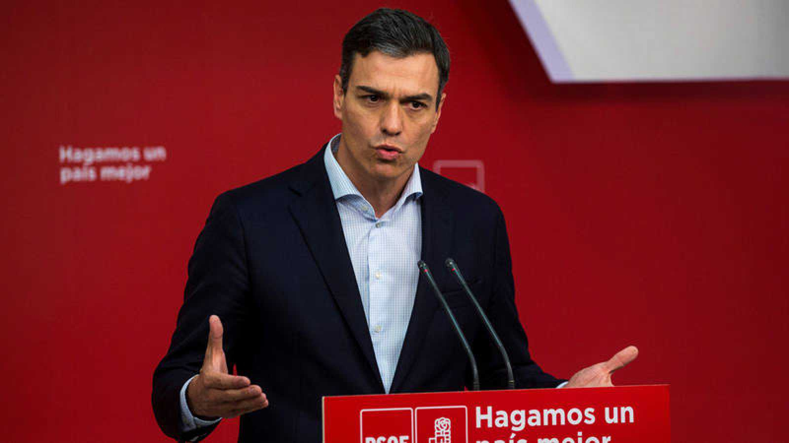 El secretario general del PSOE, Pedro Sánchez, durante una rueda de prensa en la sede de Ferraz