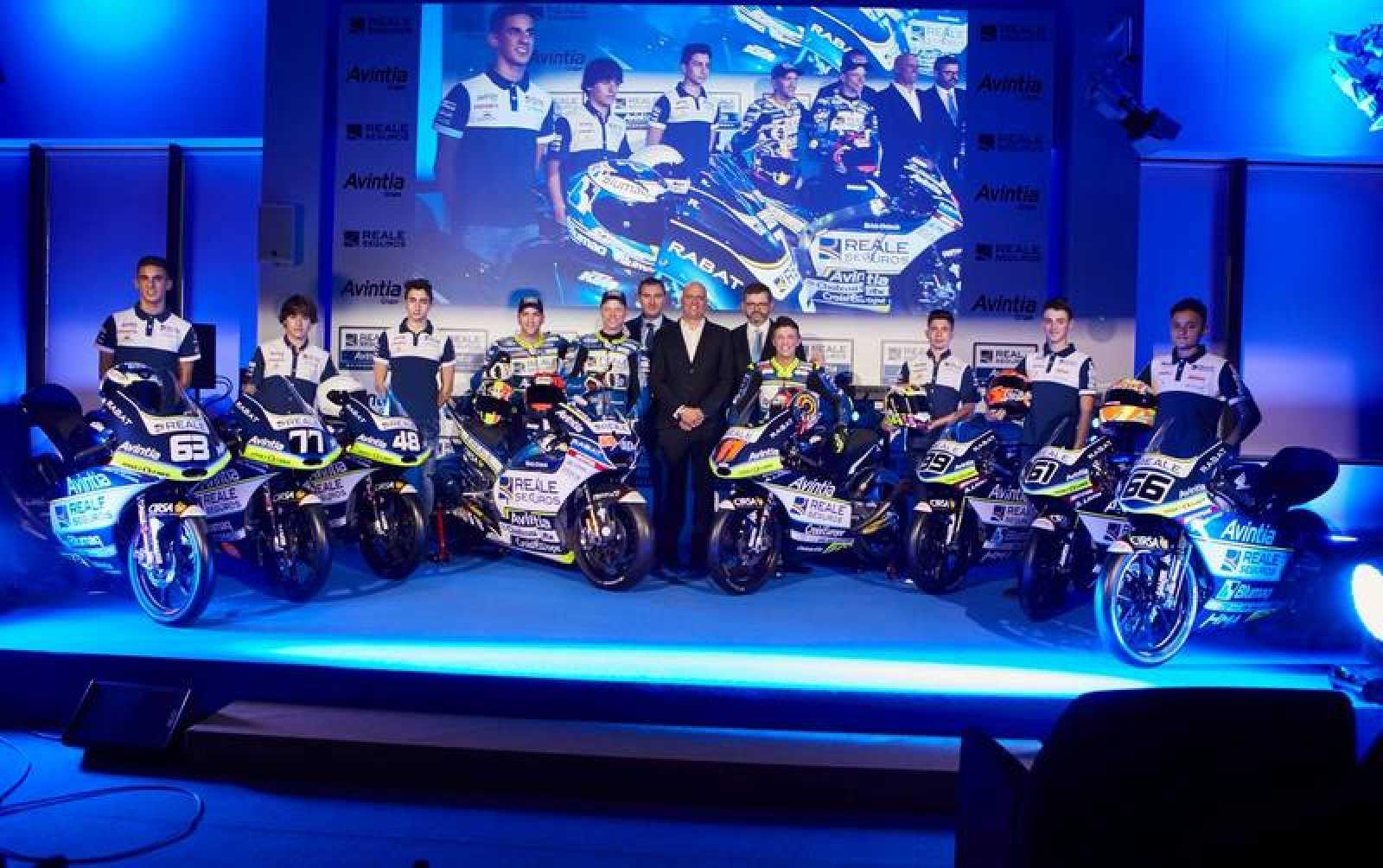 Fotografía de presentación del equipo Reale Avintia
