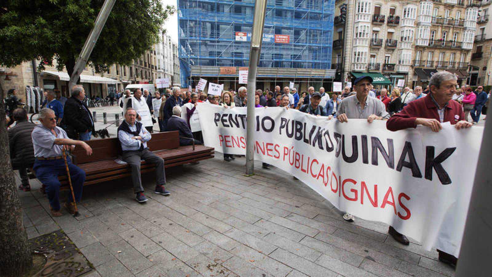 Manifestación de pensionistas en Vitoria este lunes