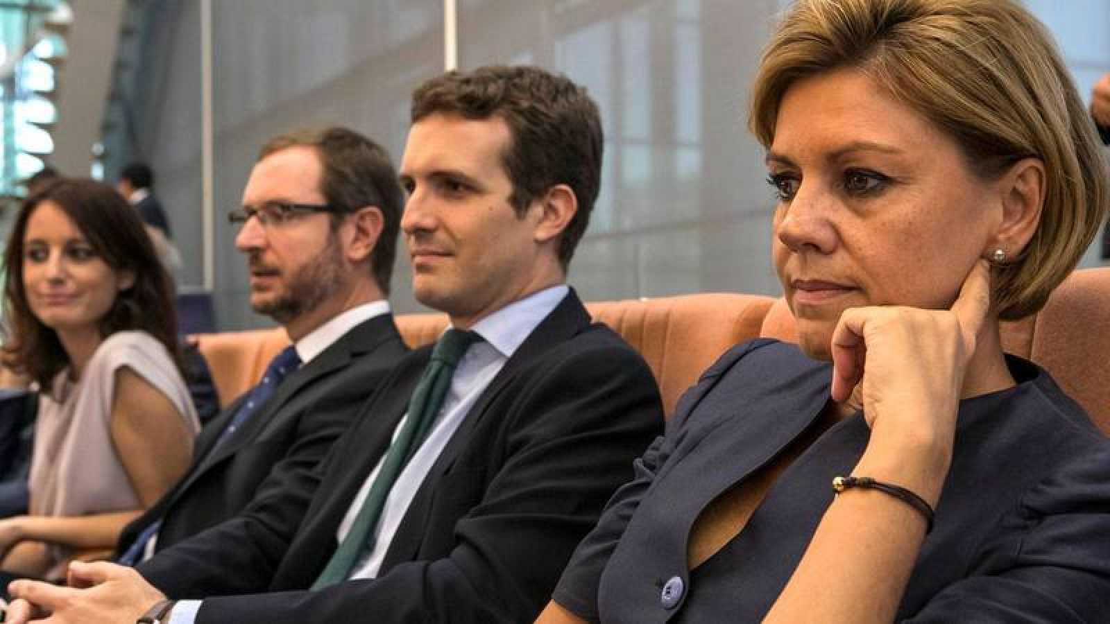 Cospedal, junto al exvicesecretario de Comunicación del PP, Pablo Casado.