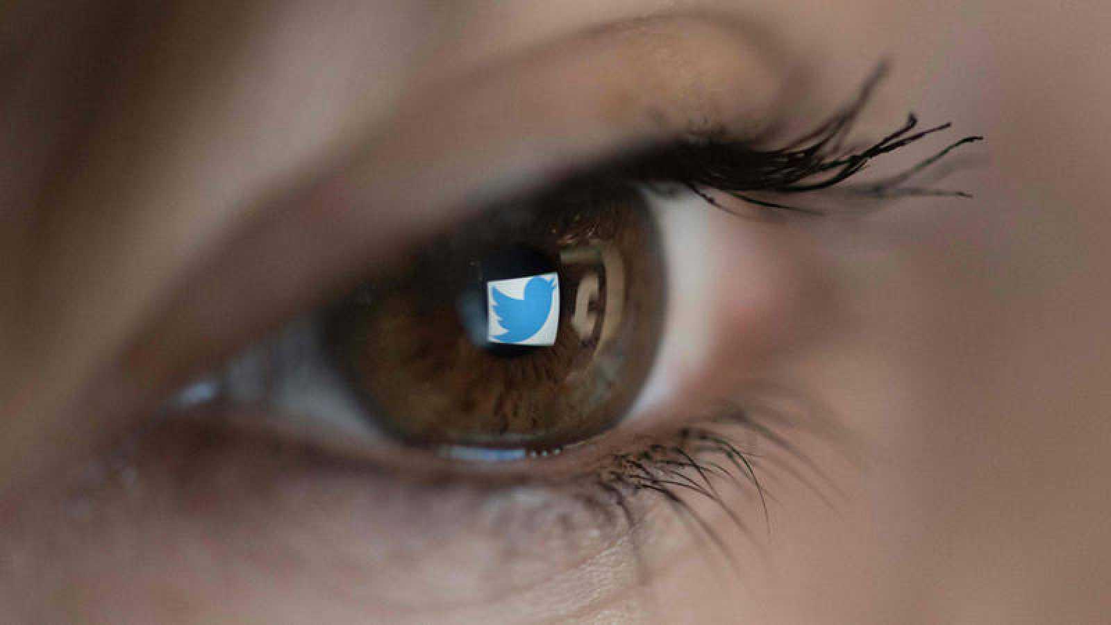 Twitter adopta esta medida con el objetivo de que la conversación en la red de microbloging sea lo más fiable y verídica posible.
