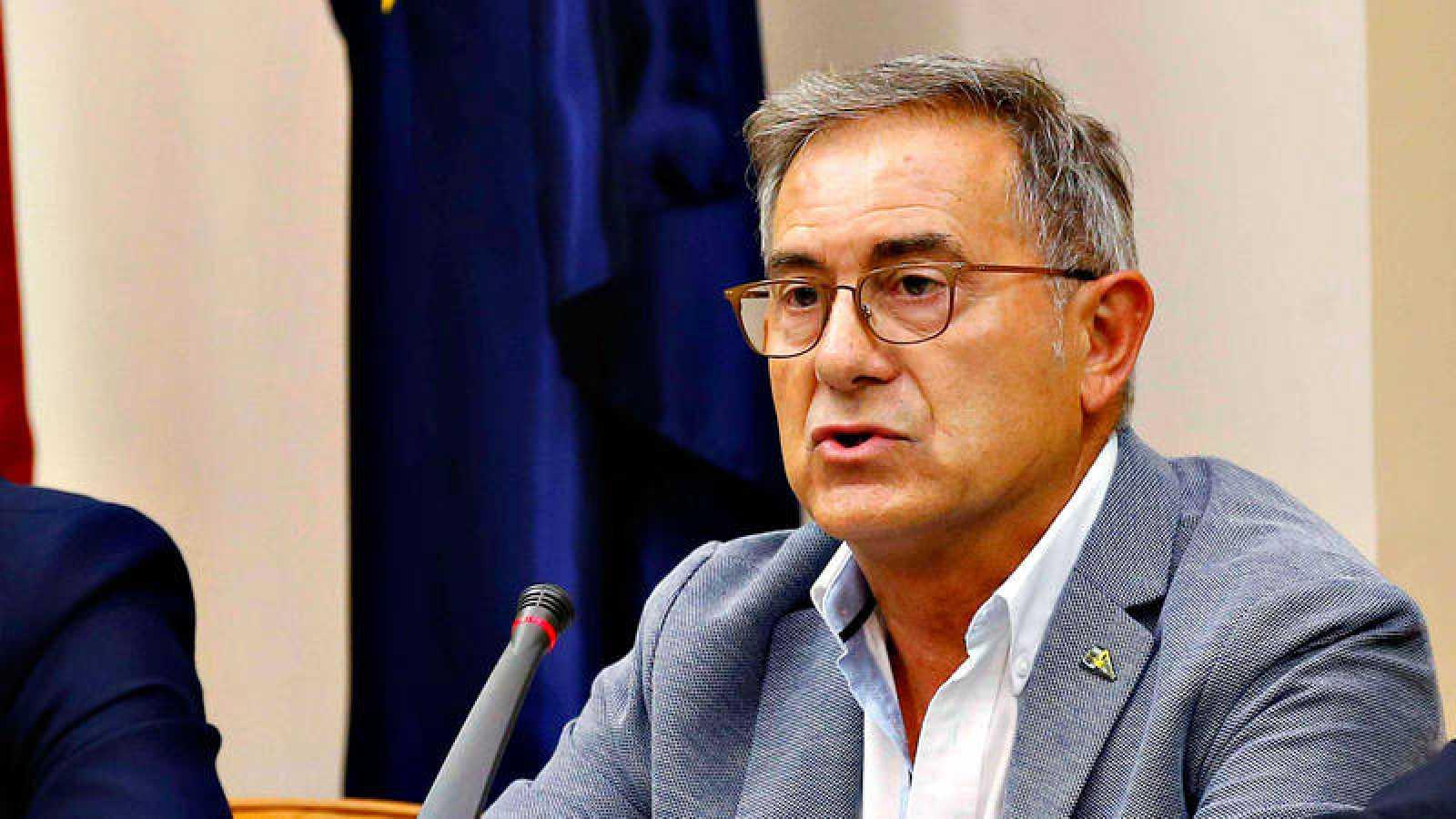 El jefe de Maquinistas de Renfe Operadora José Ramón Iglesias, durante su comparecencia en la comisión del Congreso que investiga el accidente ferroviario del Alvia