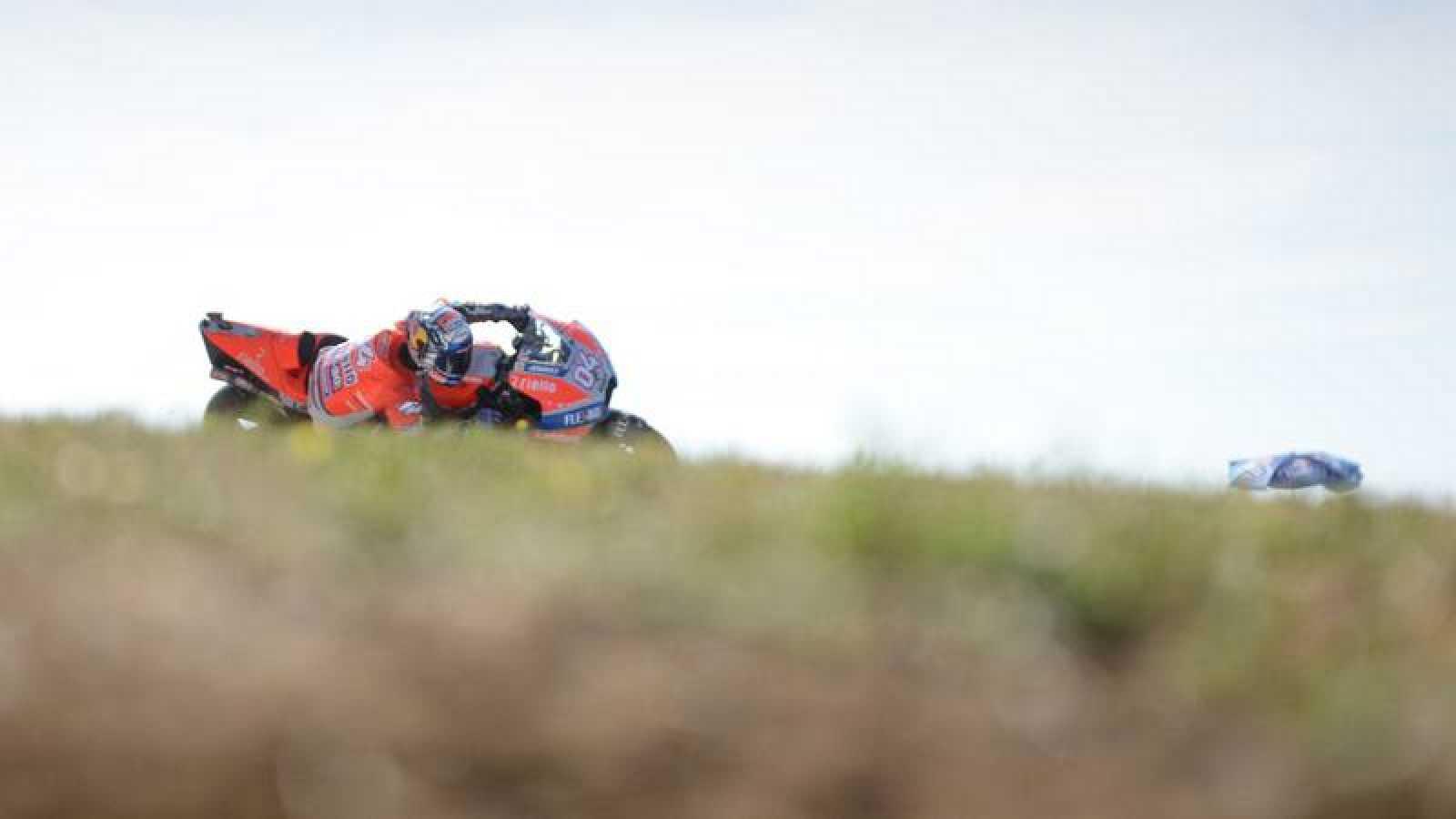 Dovizioso consigue la 'pole' con una última gran vuelta