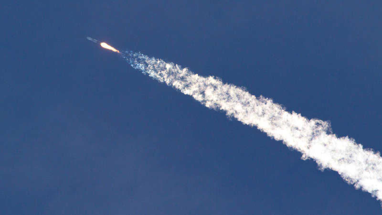 Imagen de archivo del lanzamiento de un cohete.