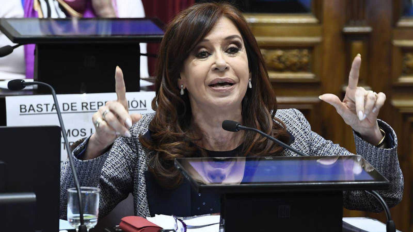 El Senado argentino autoriza al juez a registrar las casas de Cristina Fernández