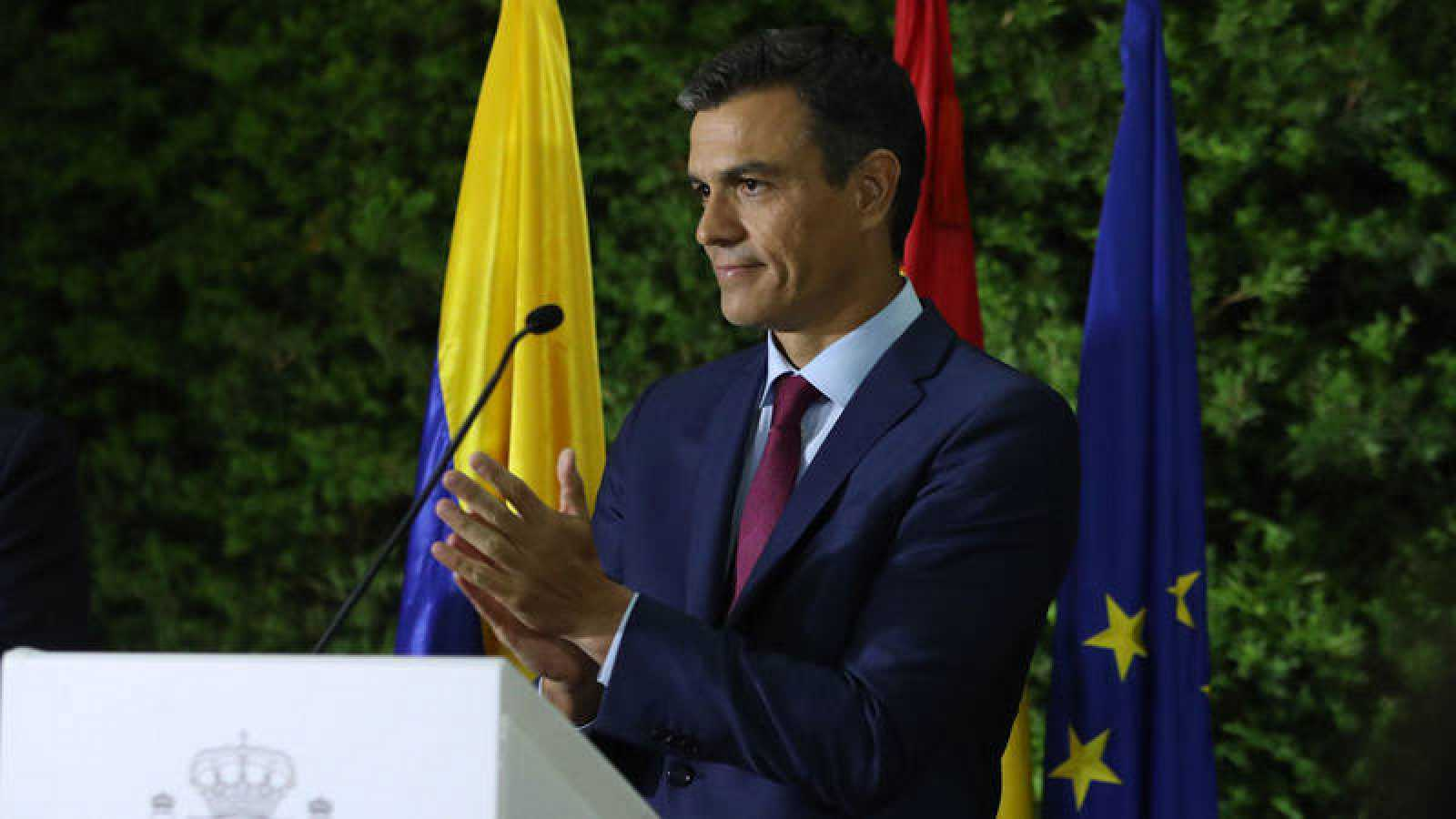 Pedro Sánchez expresa su apoyo a Iván Duque ante el reto migratorio por Venezuela