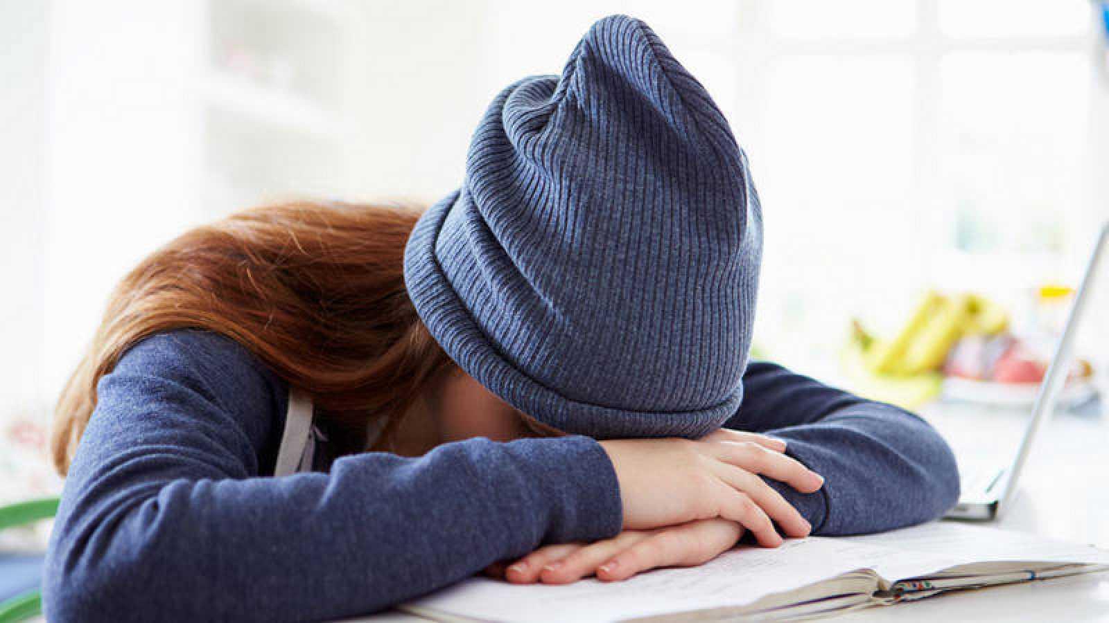 El paso a la edad adulta, el nuevo entorno y las crecientes demandas académicas son retos estresantes para los que inician la etapa universitaria.