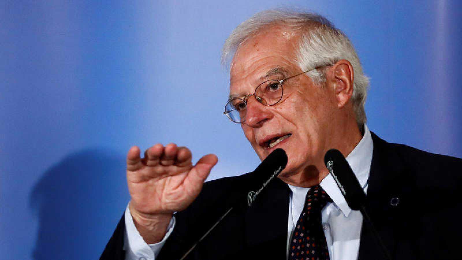 El titular de Asuntos Exteriores, Josep Borrell, durante su intervención en un desayuno informativo en Madrid