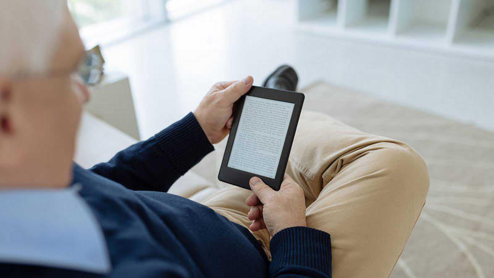 La UE da luz verde a aplicar el IVA reducido a los libros electrónicos