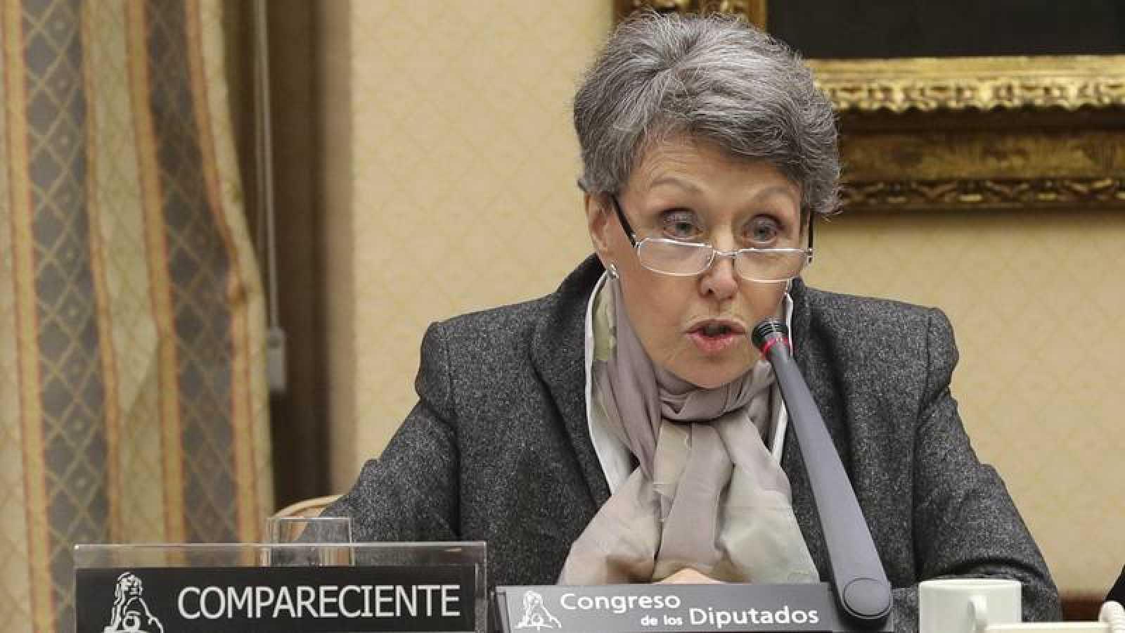 La administradora provisional de RTVE, Rosa María Mateo, comparece ante la Comisión Mixta