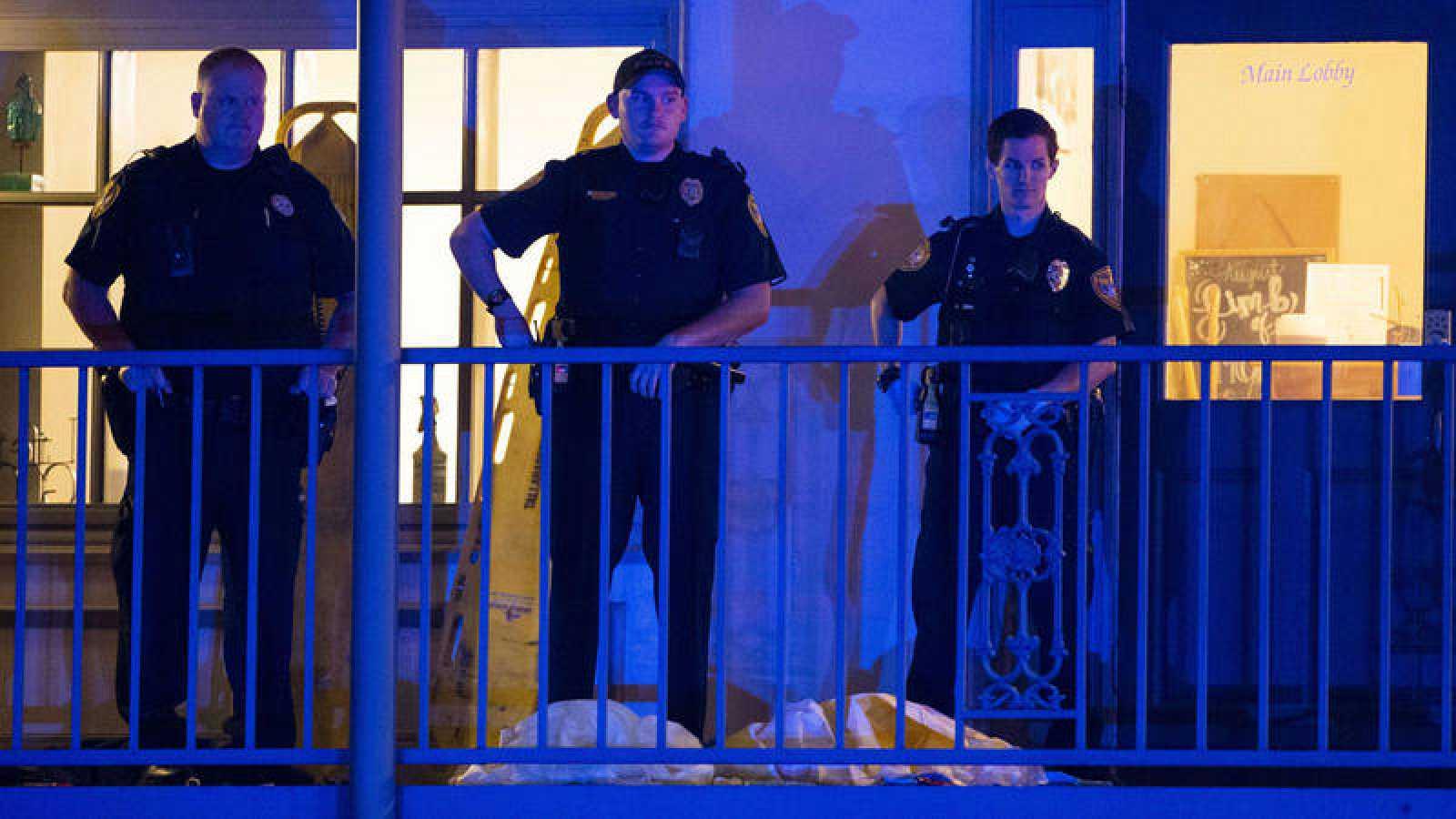 Tres muertos y tres heridos en un tiroteo en un estudio de yoga en Florida