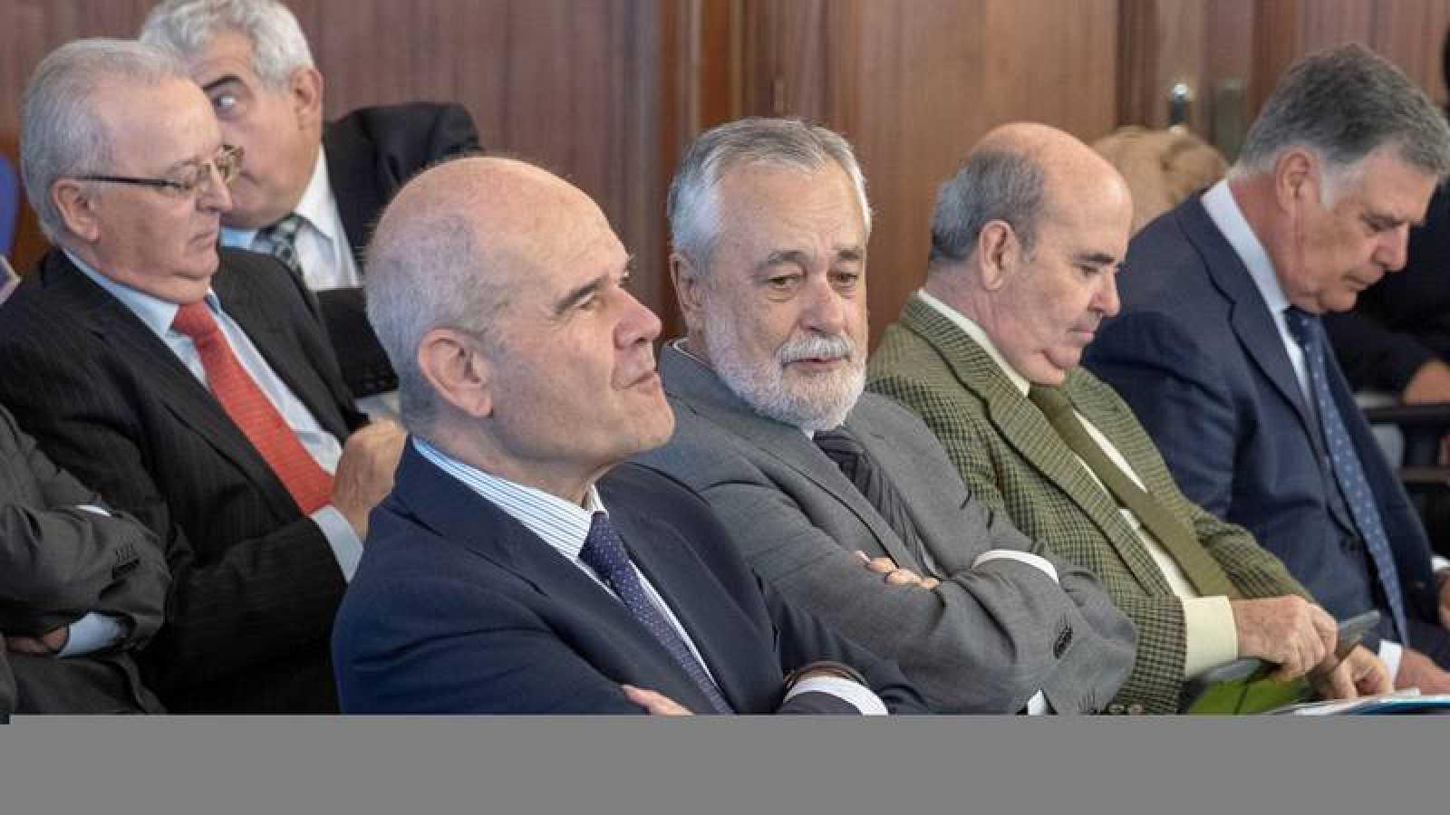 Los expresidentes Manuel Chaves y José Antonio Griñán en el juicio de los ERE
