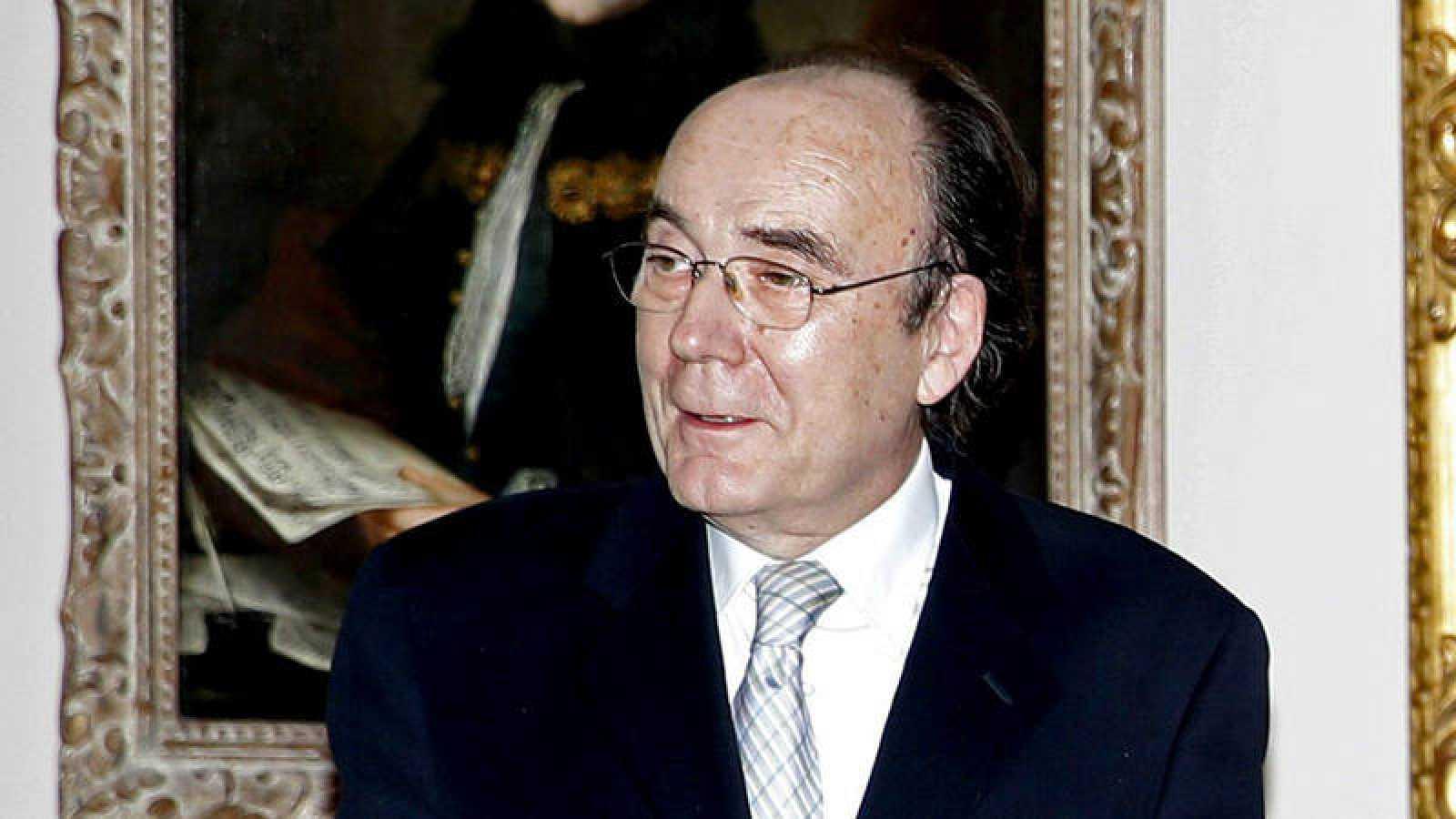 Francisco Calvo Serraller durante la inauguración de la exposición 'Goya y el infante don Luis: el exilio y el reino' en el Palacio Real de Madrid el 29 de octubre de 2012