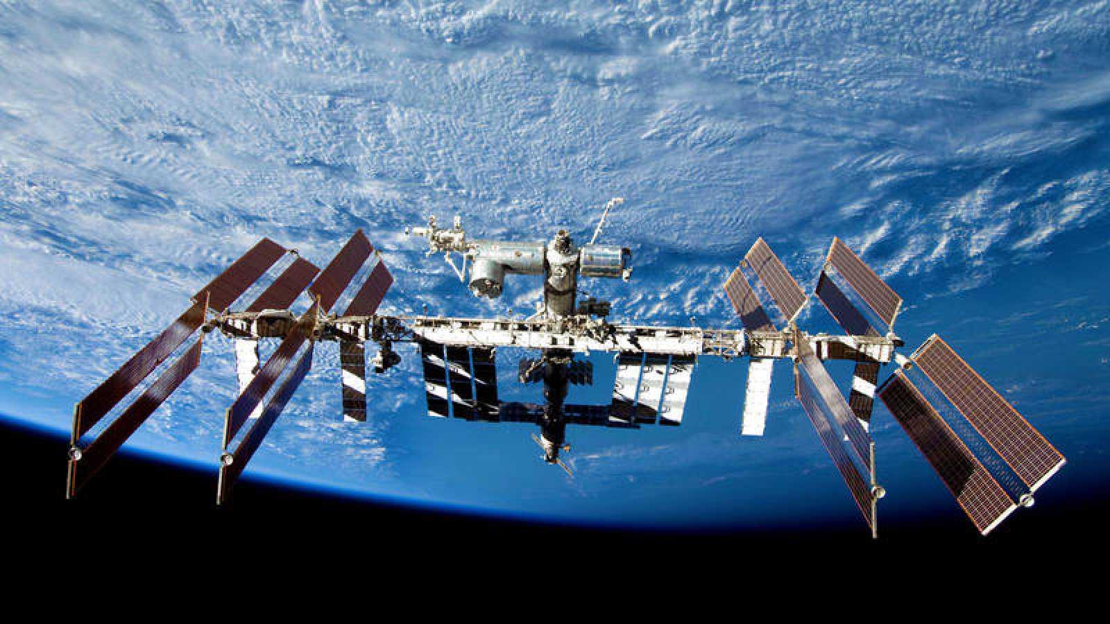 La Estación Espacial Internacional (EEI) es uno de los mayores ejemplos de cooperación científica internacional.