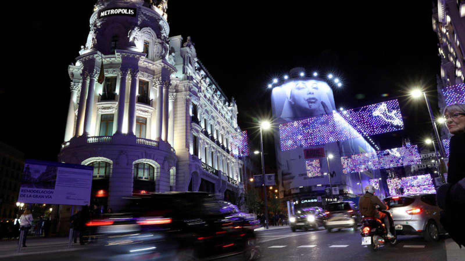 Vista de la calle Alcalá de Madrid, durante el tradicional encendido de luces de Navidad