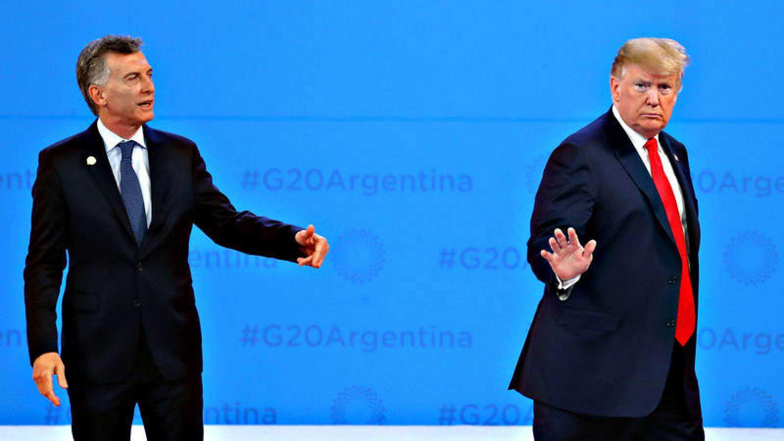 El presidente argentino, Mauricio Macri, recibe al presidente de Estados Unidos, Donald Trump, en la cumbre del G20