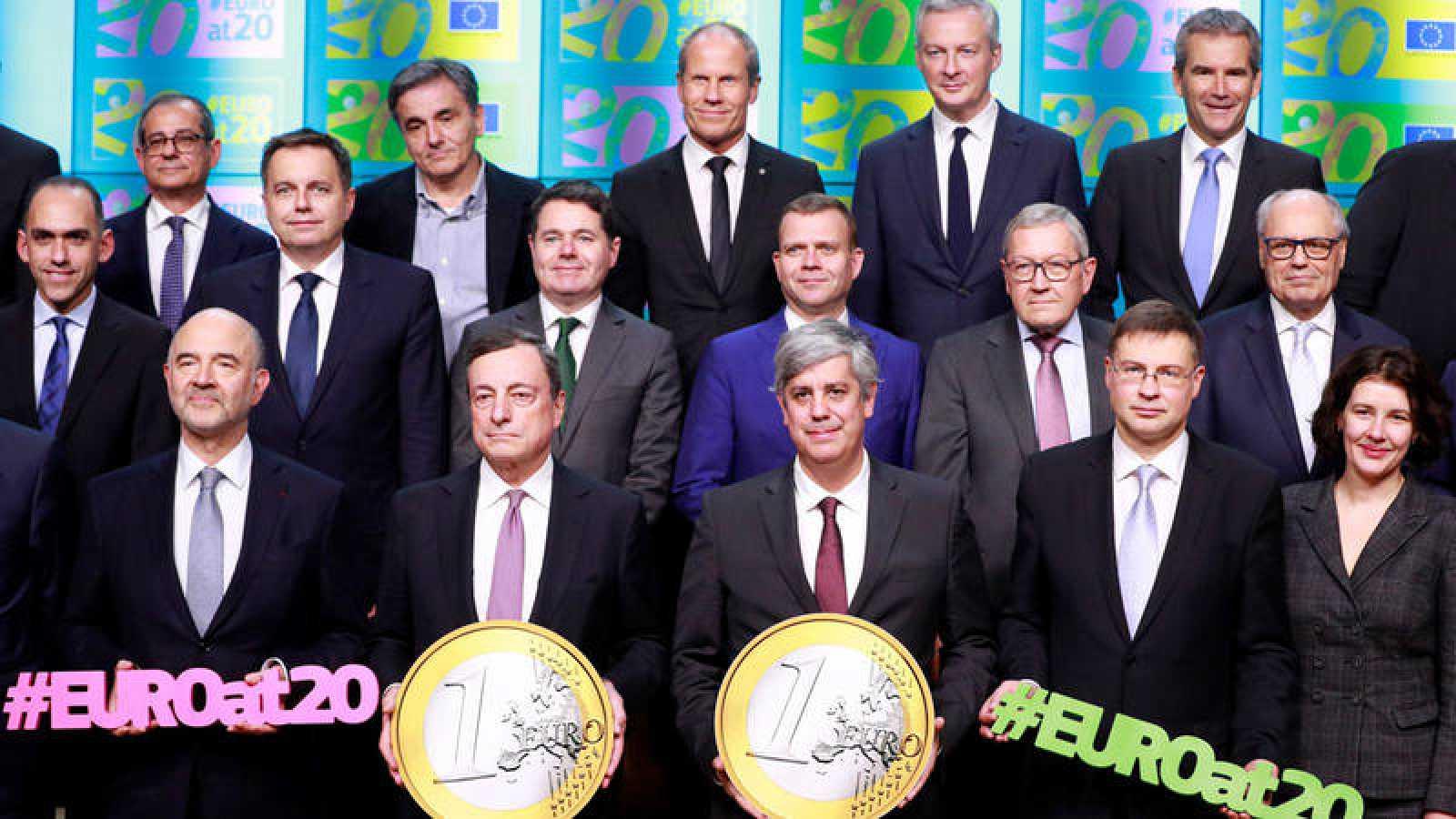 El Eurogrupo apoya a la Comisión Europea en su censura del presupuesto italiano