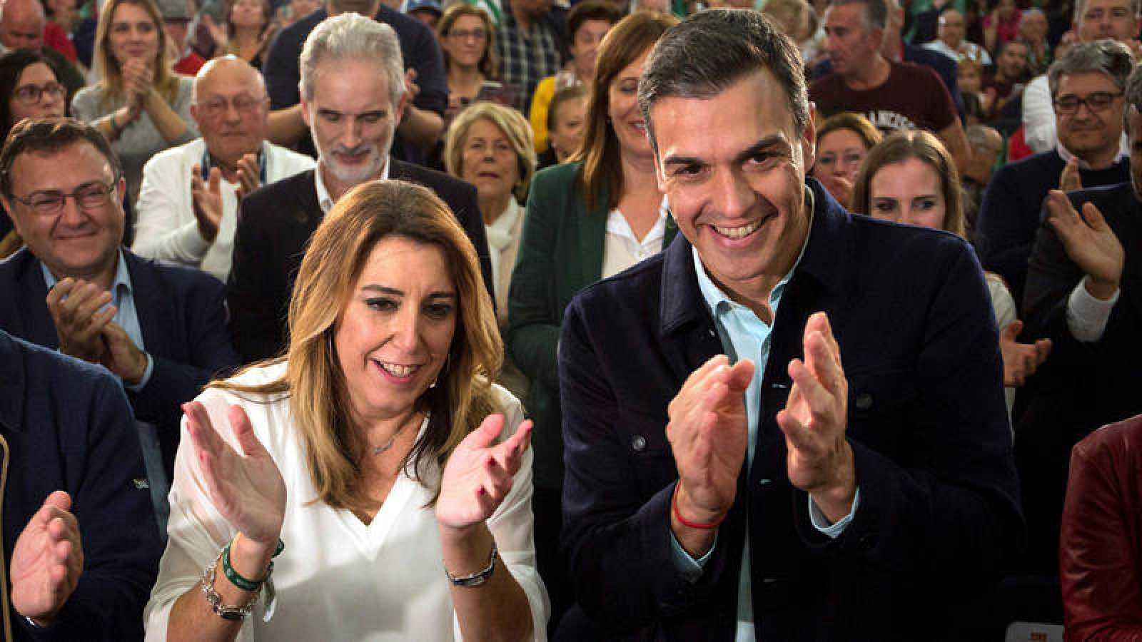 El presidente del Gobierno, Pedro Sánchez y la presidenta de la Junta de Andalucía y candidata Susana Díaz en un acto de campaña
