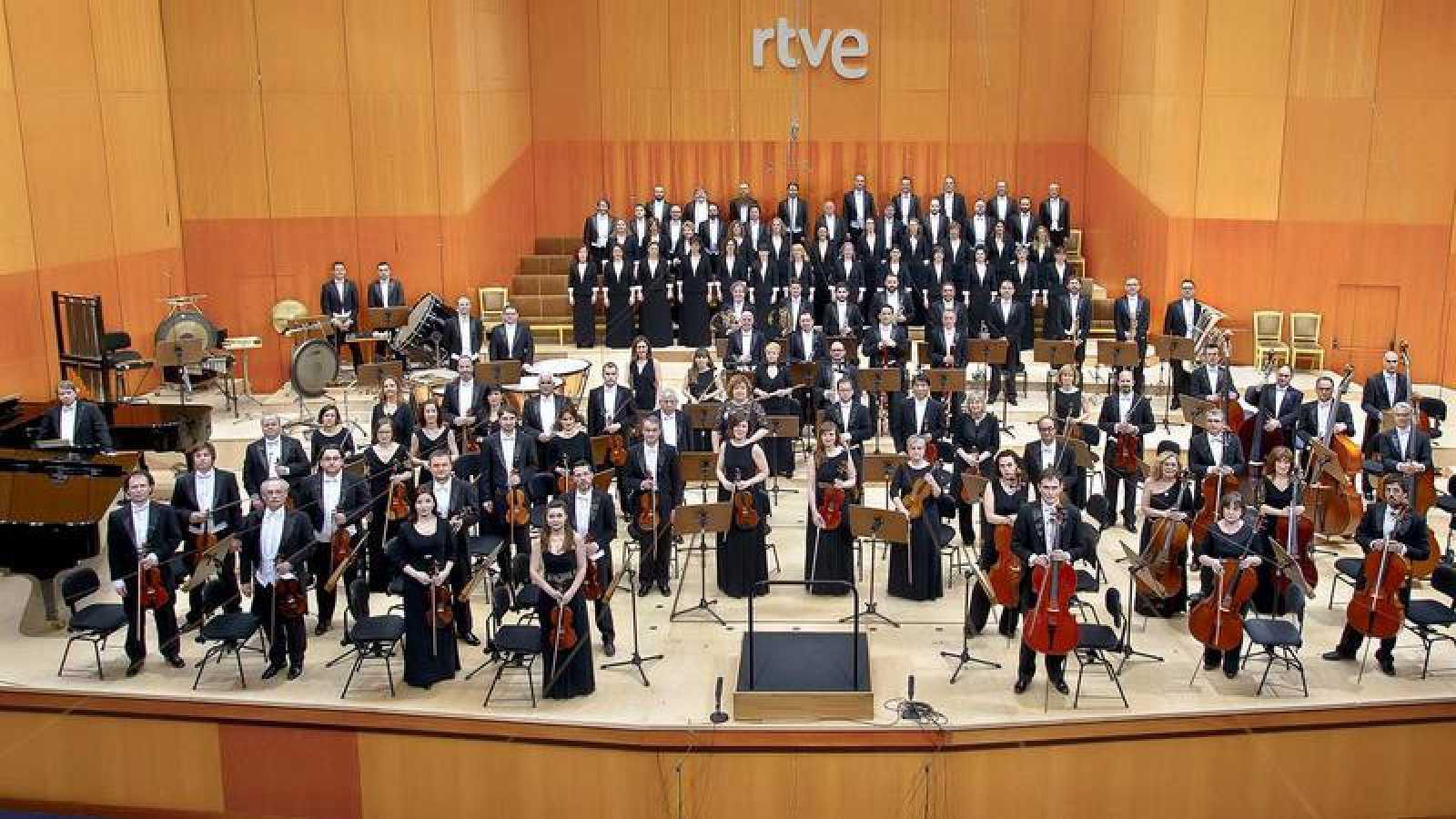 La Orquesta y Coro RTVE en el Teatro Monumental