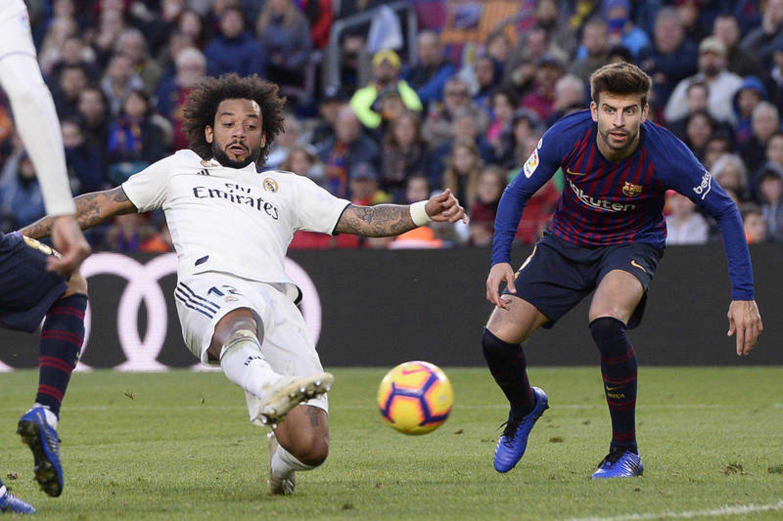 Resultado de imagen para El clásico entre el Real Madrid-Barcelona, de la vigésima sexta jornada de La Liga, se jugará el sábado 2 de marzo a las 20:45 horas