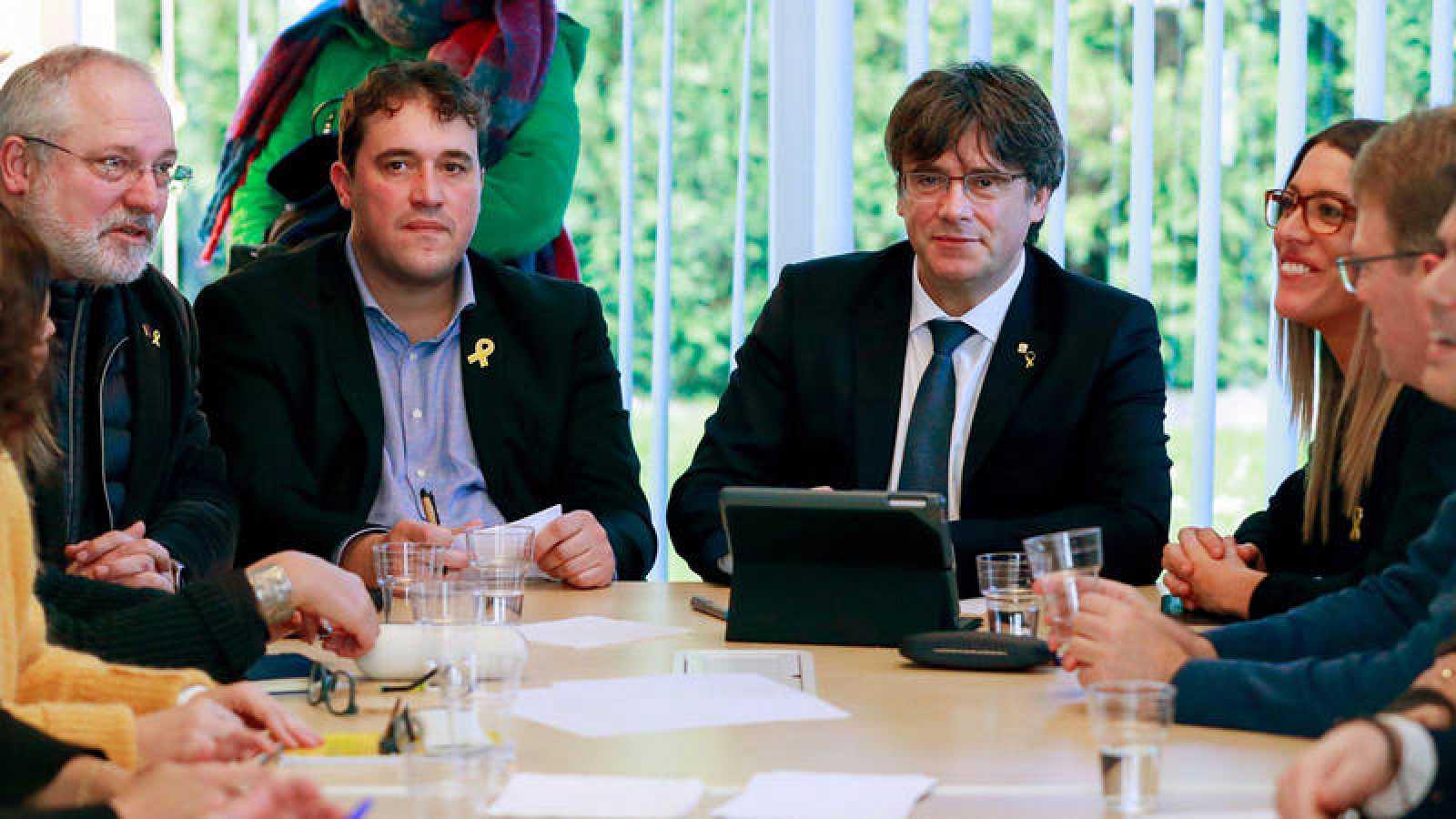 El expresident Puigdemont se reúne con la ejecutiva del PDECat en Waterloo (Bélgica)