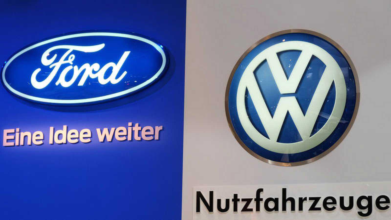Logos de Ford y Volkswagen