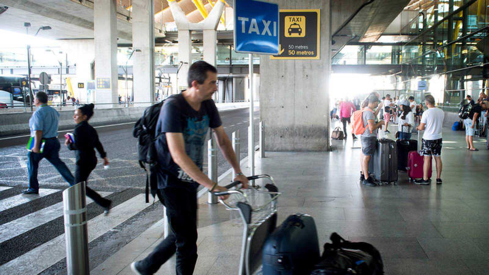 Parada de taxis en el aeropuerto de Barajas