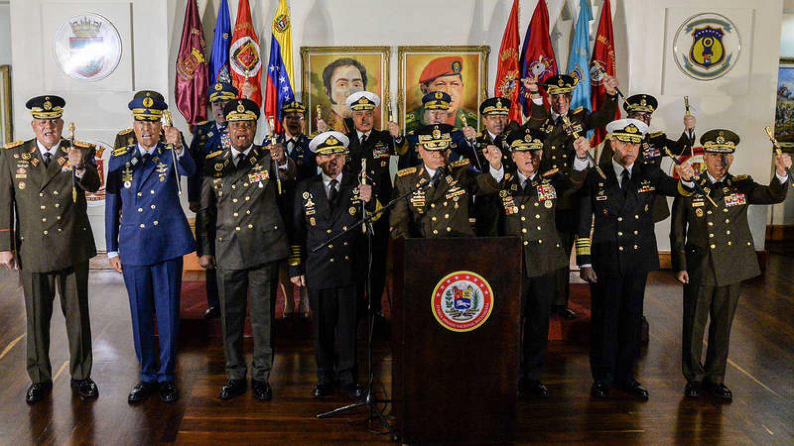 Resultado de imagen de los militares en la Venezuela de Maduro