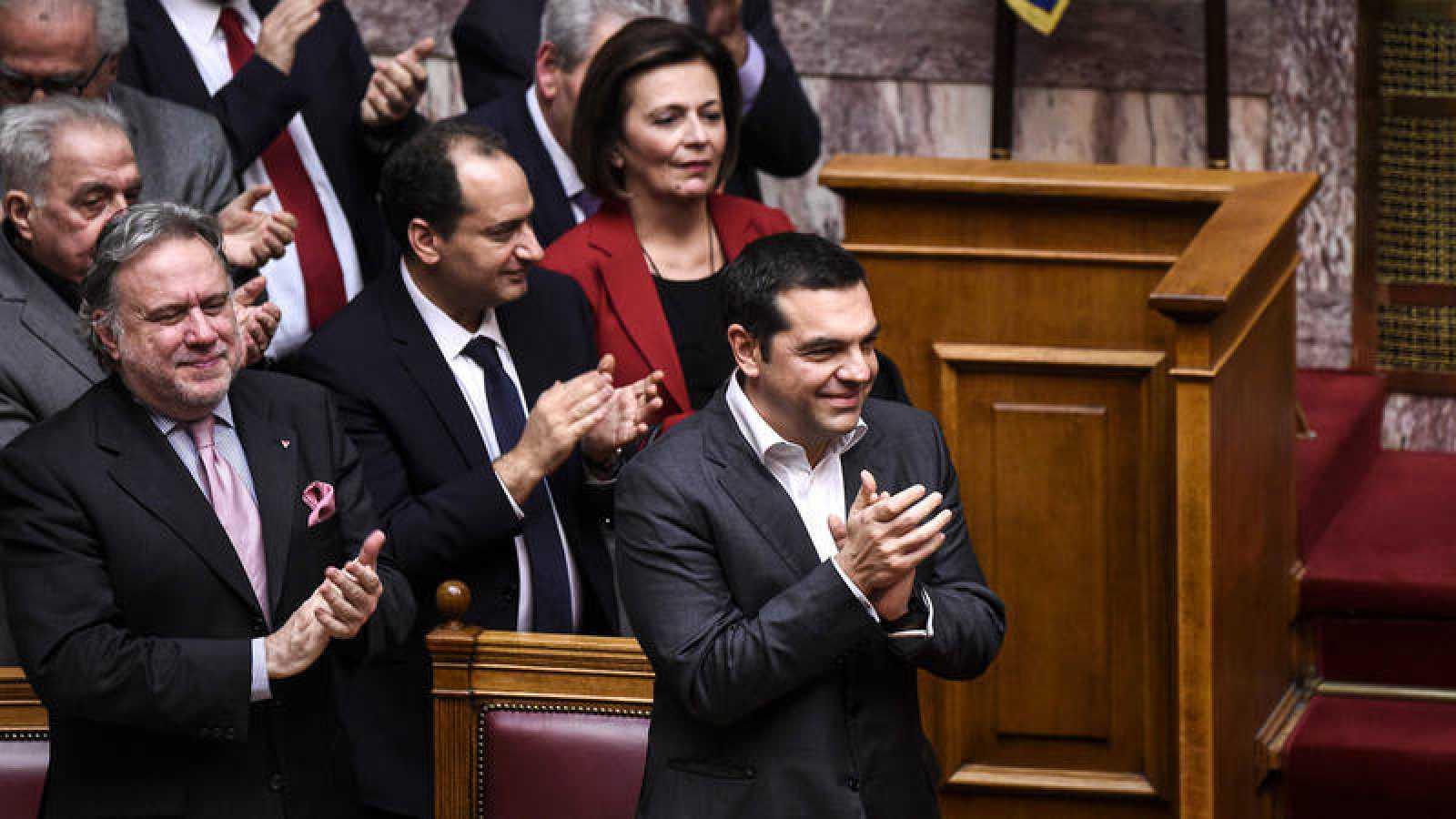 Alexis Tsipras celebra el cambio de nombre de Macedonia