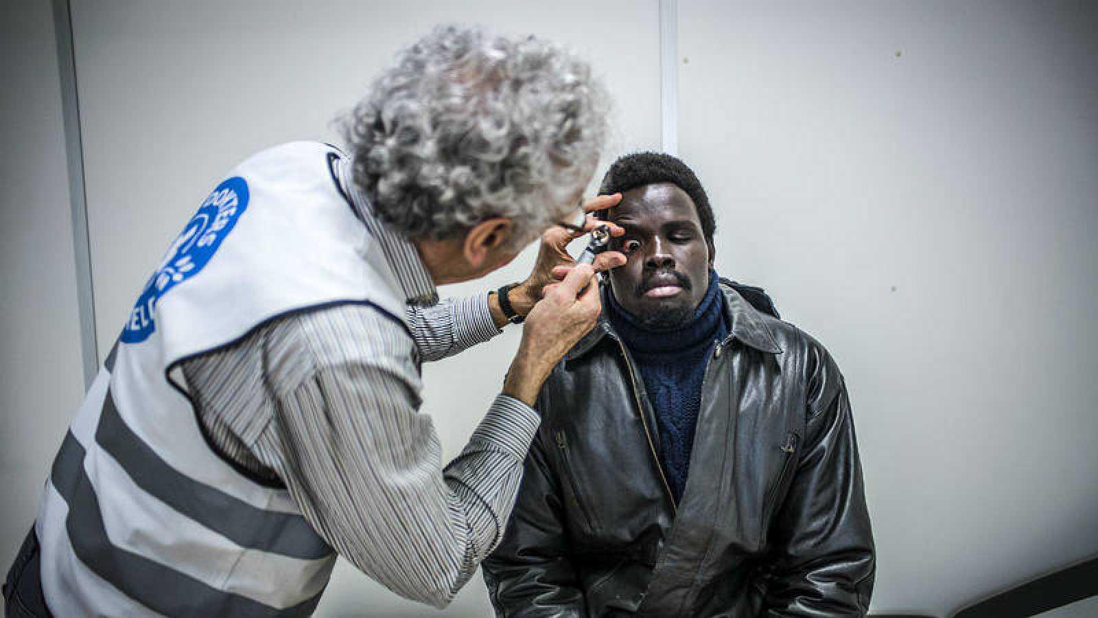 El Centro Humanitario de Bruselas ayuda a migrantes en tránsito