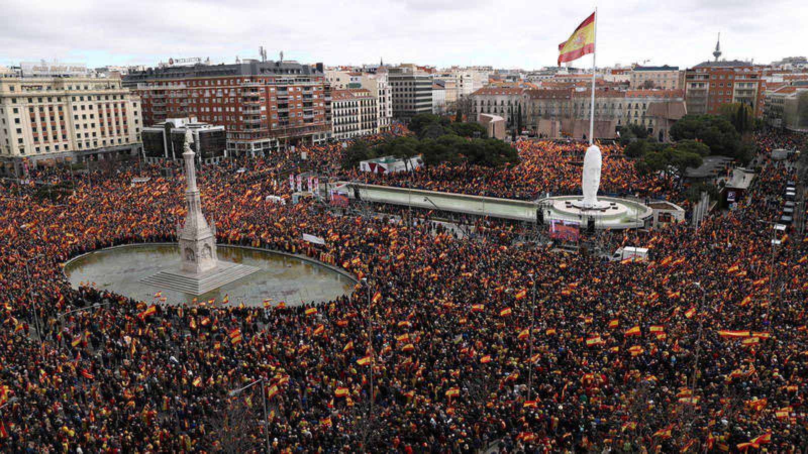 Concentración convocada por PP, Cs y Vox por la unidad de España y para pedir elecciones