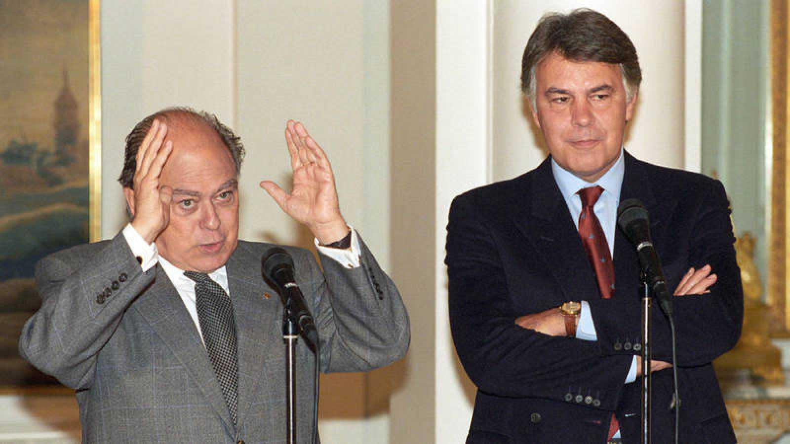 Felipe González y Jordi Pujol en 1994 cuando eran presidente del Gobierno y de la Generalitat, respectivamente, en una rueda de prensa