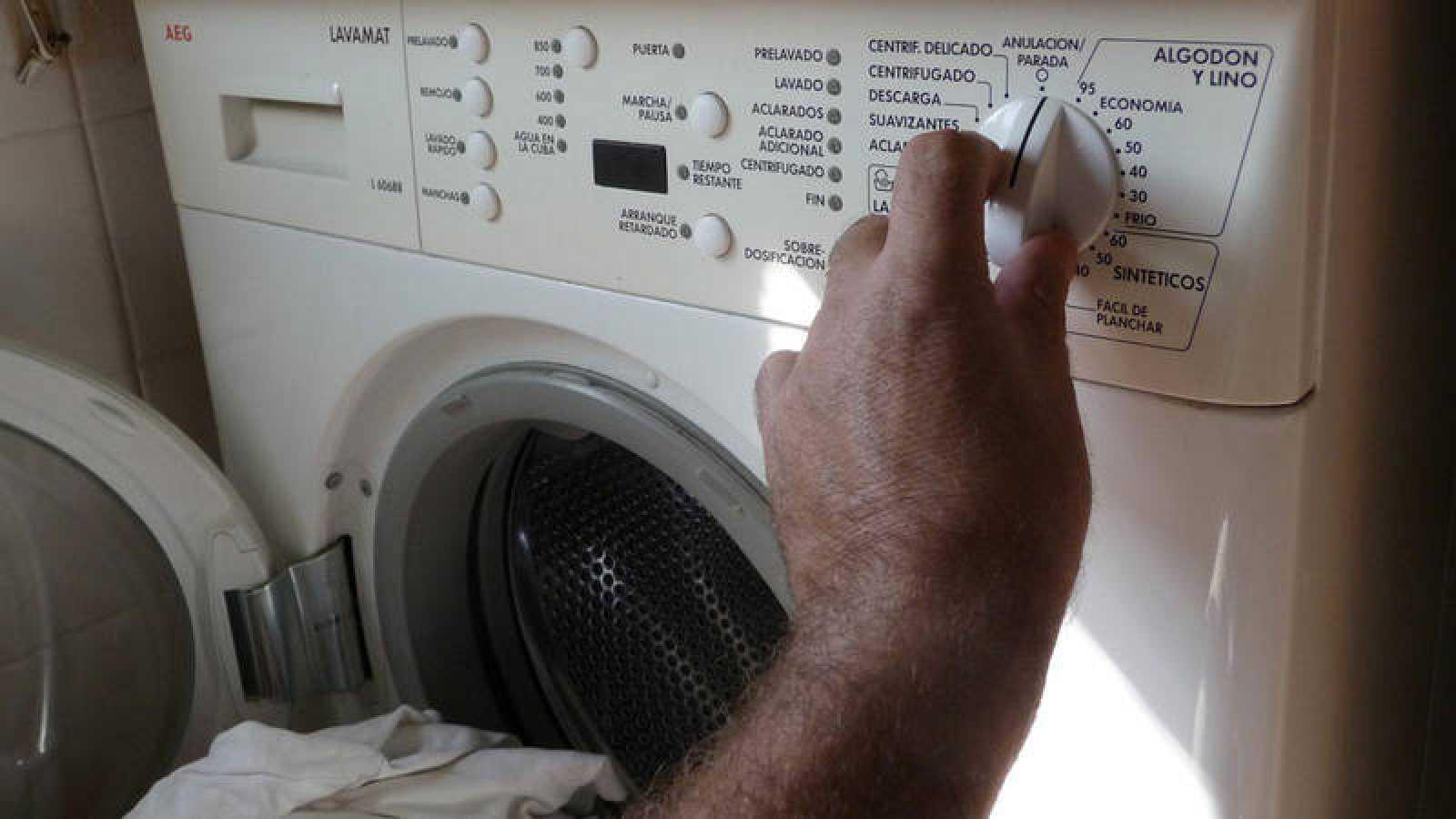 Las sustancias empleadas en las tareas domésticas provocan que los niveles de calidad del aire interior de los hogares se asemejen a los de una ciudad muy contaminada.