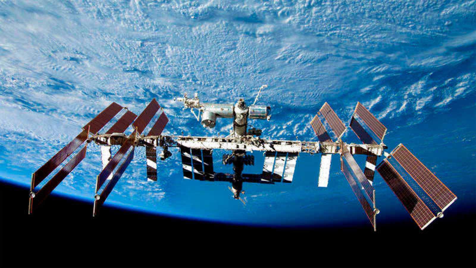 Imagen de la Estación Espacial Internacional, destino de los turistas espaciales.