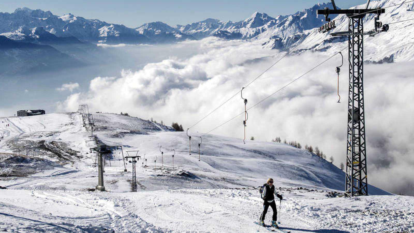 Vista de la estación de esquí de Crans-Montana, en Suiza.
