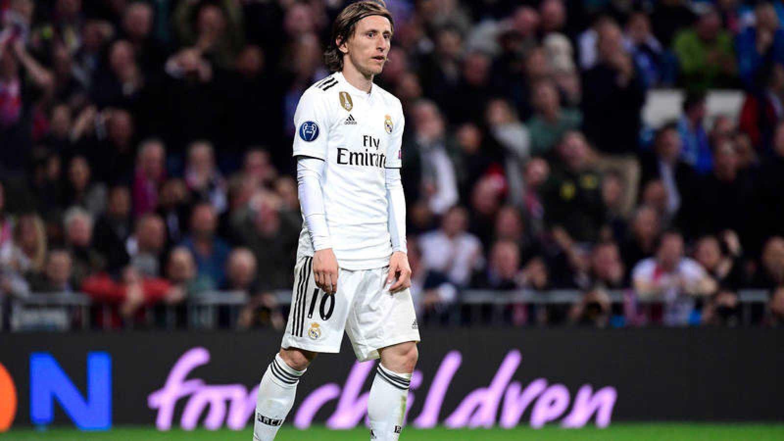 Modric se lamenta de la derrota contra el Ajax.