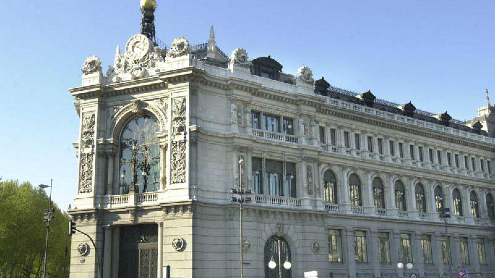 El Banco de España asegura que la economía sigue creciendo un 0,6%