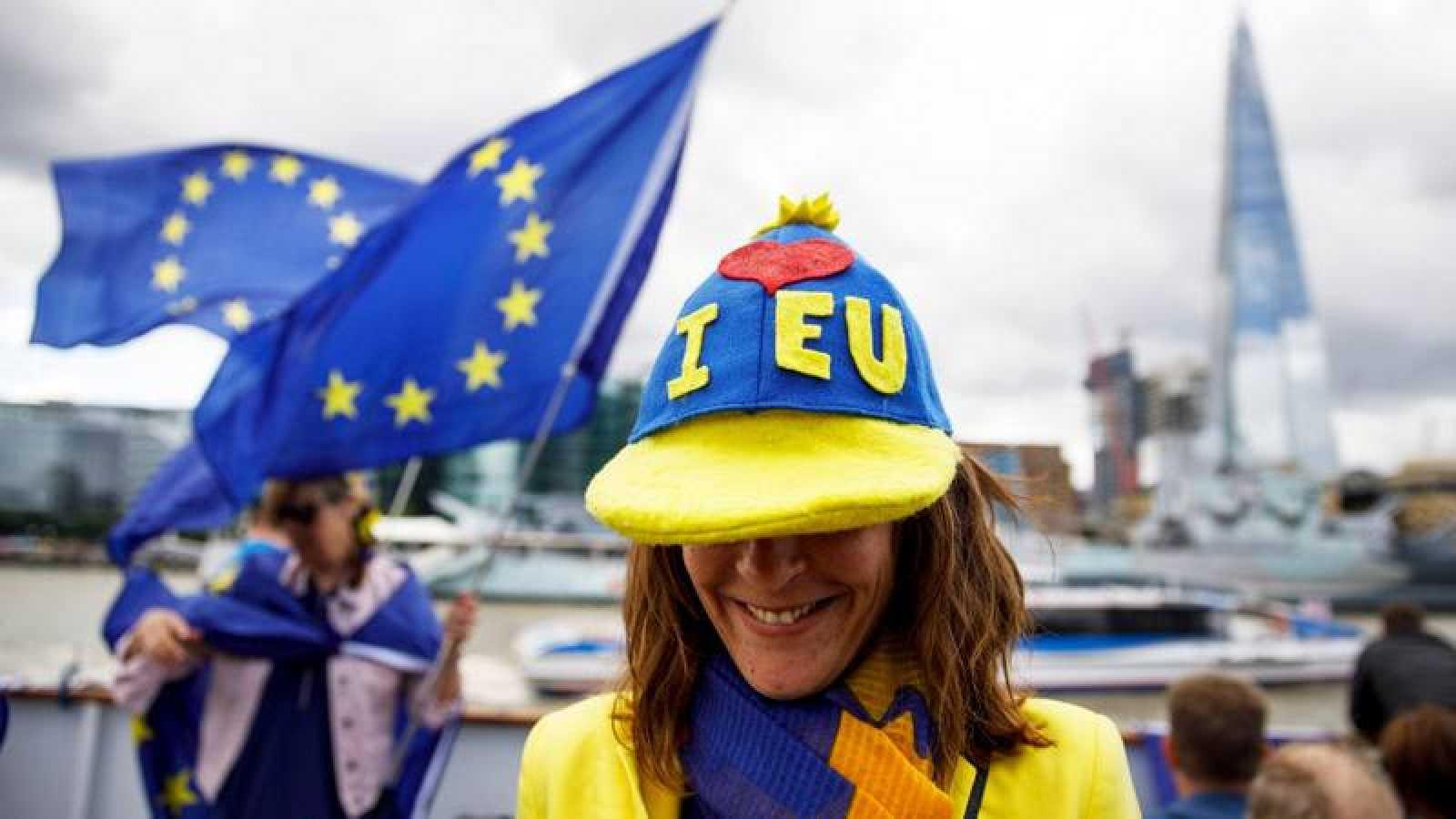 Un grupo de partidarios de la permanencia de Reino Unido en la UE