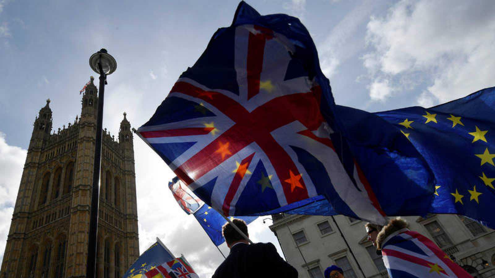 El 'Brexit', siempre presente en el Parlamento británico