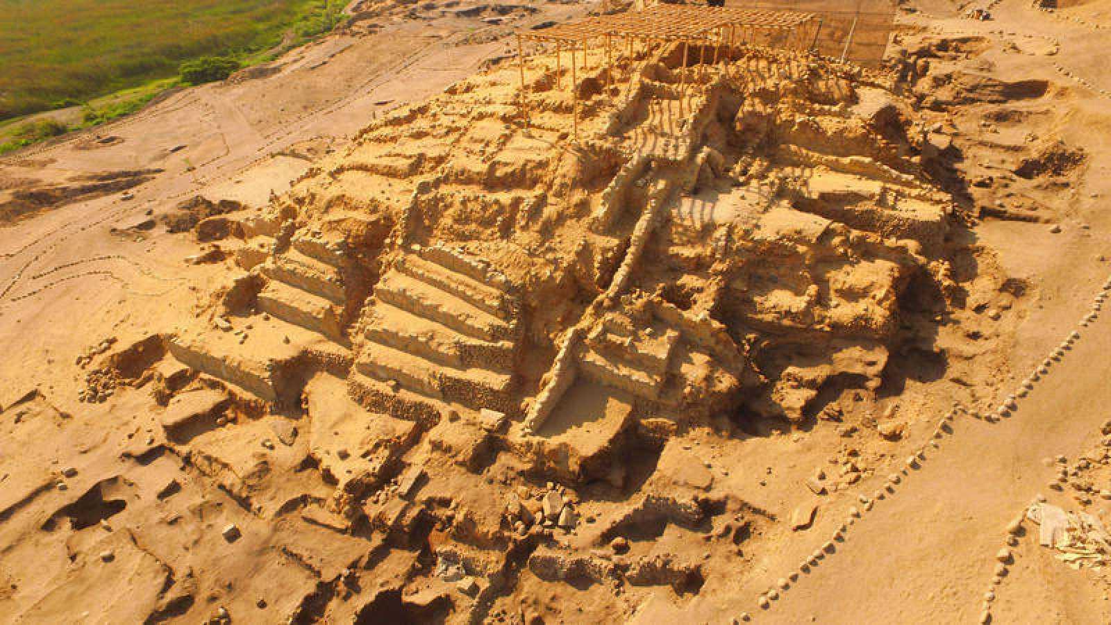 La civilización de Caral se desarrolló entre los años 3000 y 1800 antes de Cristo en el valle costero del río de Supe.